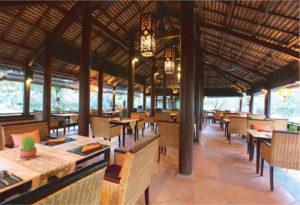 Restaurant & Bars